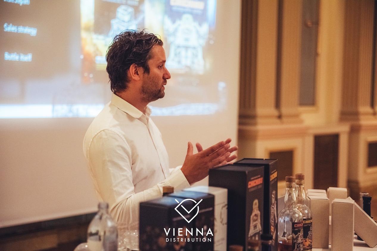 Maurice Van Vliet presenting at Chichibu Intergalactic Masterclass